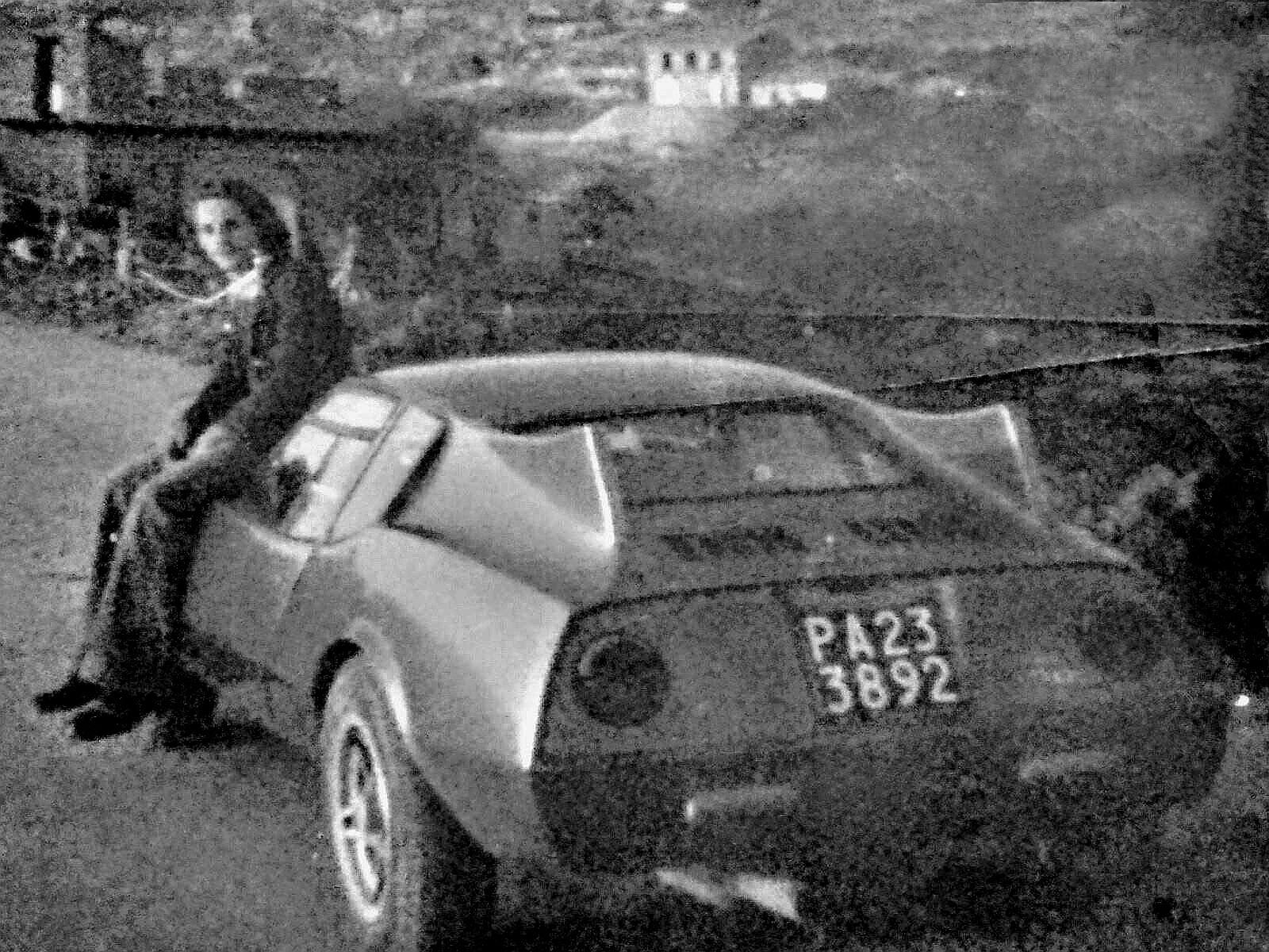 1981 - Enzo Di Mora con la sua Fiat 850 Granprix elaborata da Francis Lombardi